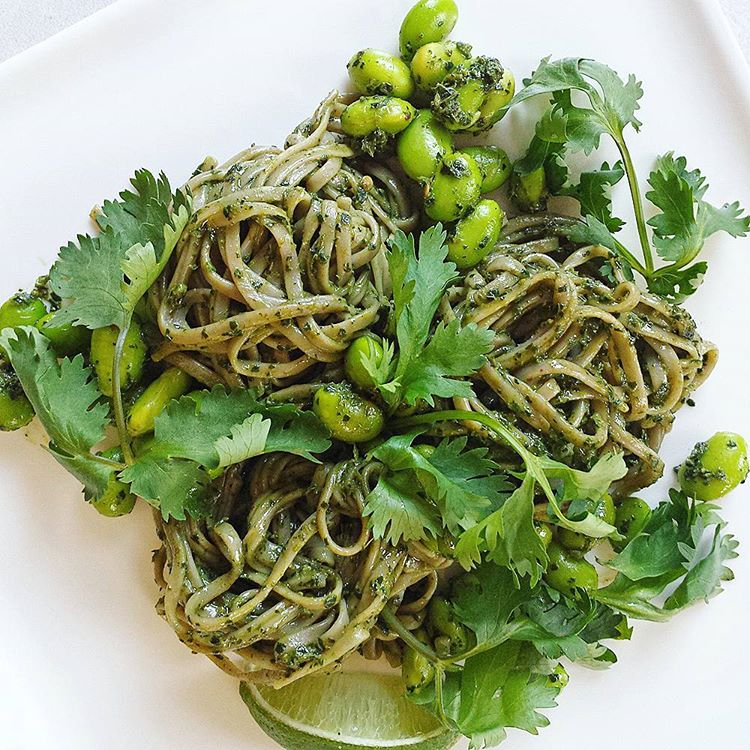 A chilled #glutenfree #pasta that everyone can enjoy is delicious with a refreshing and cleansing coriander posts. Edamame beans are such a great protein and nourishing too. These #buckwheat noodles (recipe found in my website with the link on my profile) are cooked and rinsed with cold water. Alternatively, you can use #Spiralized courgette or carrot spaghetti for an easy #rawfood meal.  #epjhealth #eatyourselfyoung #cookyourselfyoung #youthingfoods #rsreboot #vegan #glutenfreevegan #letscookvegan #bestofvegan #veganfood #veganfoodspot